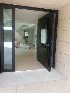 Puerta principal de madera moderna tattoo design bild - Puertas de madera para entrada principal ...